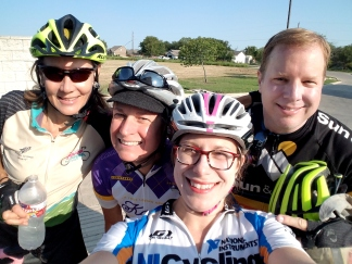 I played sweeper for the last Big Ass Training Ride for the Mamma Jamma. These are some bad ass ladies!